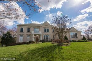 FX9615092 - Meticulously maintained home